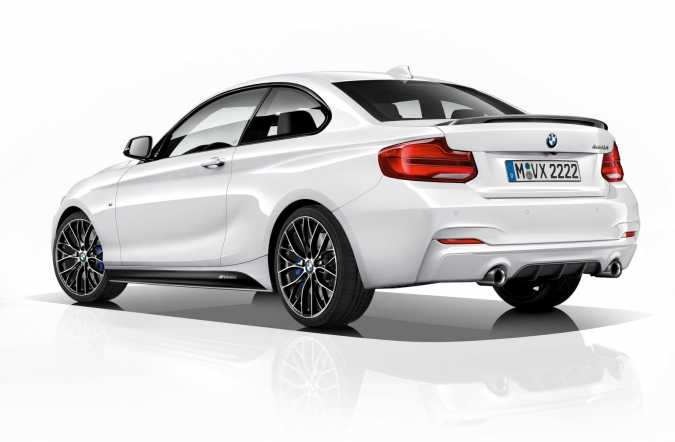 2017_BMW_M240i_M_performance_edt_01.jpg