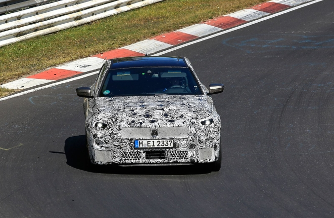 2020_bmw_2_co_spy3_01.jpg