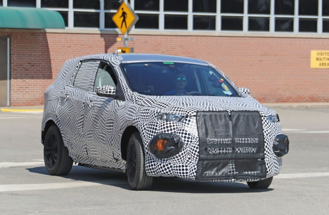 2018_ford_mach_1_spy1_01.jpg