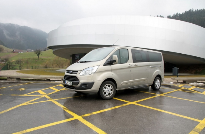 ford_2013_tourneo_connect_domaca_19.JPG
