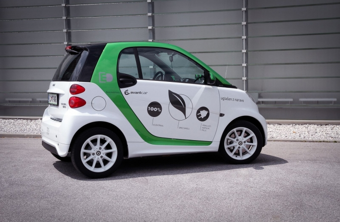 2014_smart%2520fortwo%2520electric%2520drive_01.jpg