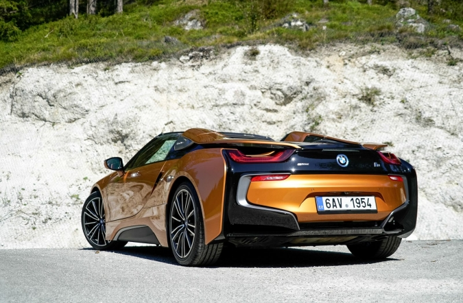 2018_test_BMW%2520i8%2520roadster_(02).JPG