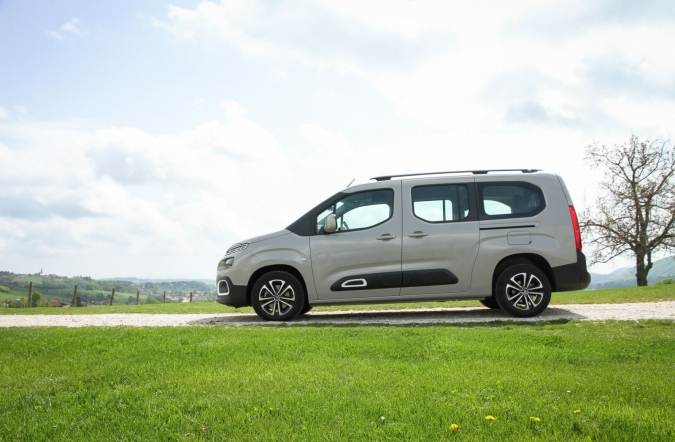 2019_test_citroen%2520berlingo%2520BlueHDi%2520130%2520BVM6%2520XL%2520feel_(01).JPG