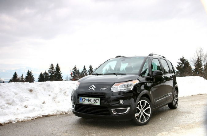 TEST-citroen_C3_picasso_exclusive_HDi-02.JPG