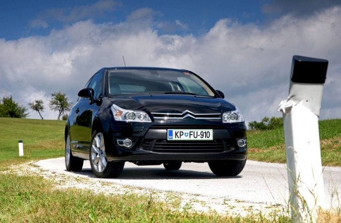 TEST-citroen_c4_coupe-1.jpg