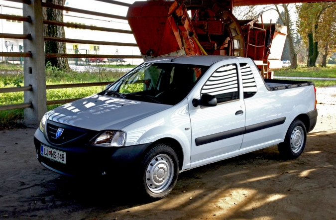 TEST-dacia_logan_pick-up-1.jpg