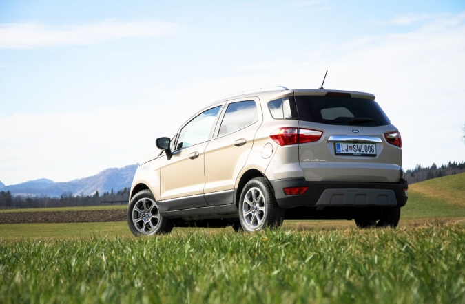 2020_test_ford%2520ecosport%25201_0%2520ecoboost%252092%2520kW%2520AT%2520titanium_(01).JPG