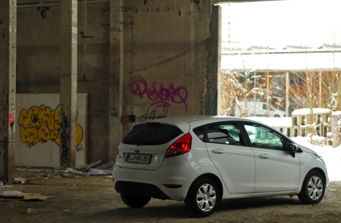 TEST_ford_fiesta-08.jpg