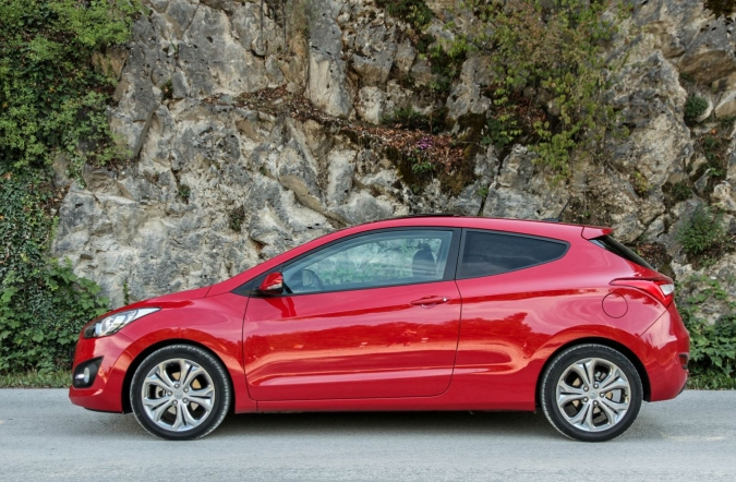 TEST-i30_coupe-02.jpg