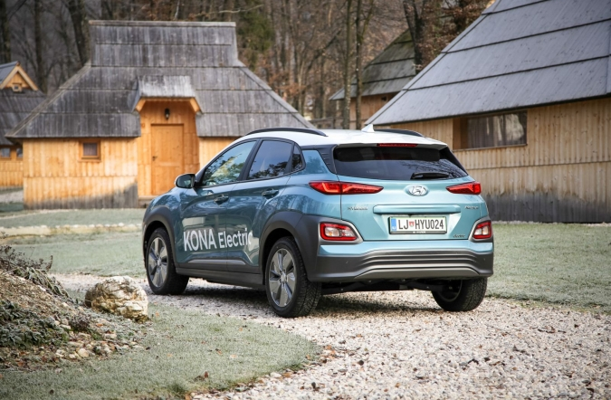 2018_test_hyundai%2520kona%2520electric%252064%2520kWh%2520impression_(01).JPG