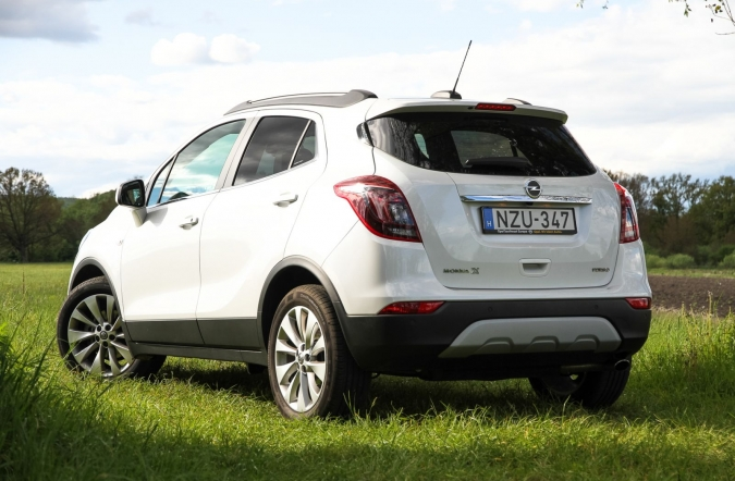 2017_opel%2520mokka%2520X%25201_4%2520turbo%2520ecotec%2520startstop%25204x2_innovation_(01).JPG