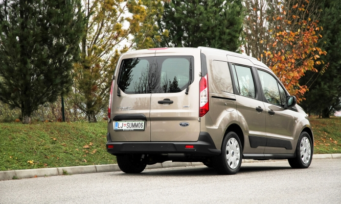 Ford tourneo connect in tourneo courier