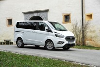 Ford transit custom in tourneo custom
