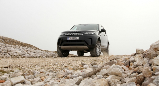 https://www.volan.si/testi/testi/6569027-land-rover-discovery-2-0-sd4-at-4wd-hse/